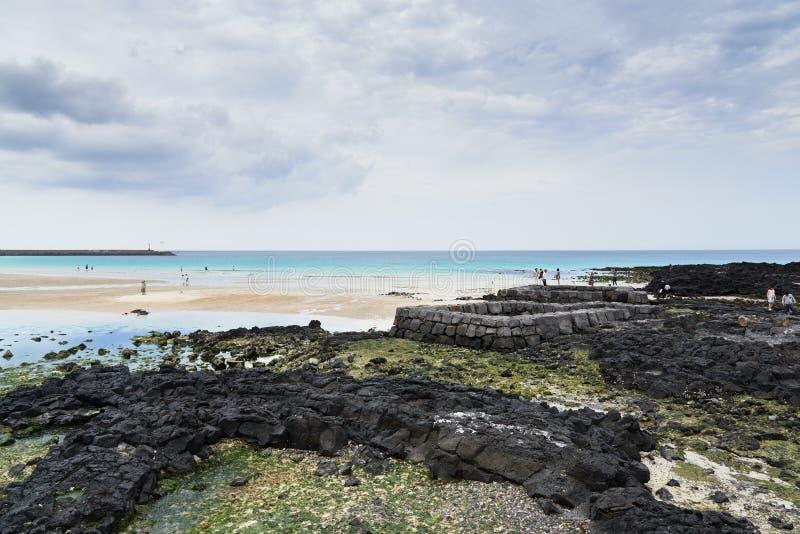 Punto del agua de manatial en la playa de Sehwa fotos de archivo libres de regalías