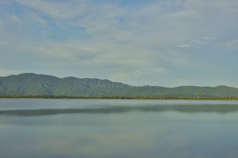 Punto di riferimento del paesaggio il bacino idrico in Tailandia fotografie stock libere da diritti