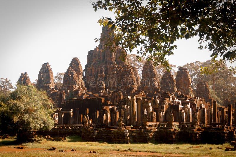 Punto di riferimento famoso della Cambogia Più grande monumento religioso del mondo, Prasat Angkor Nokor Wat Temple Complex, Siem fotografia stock