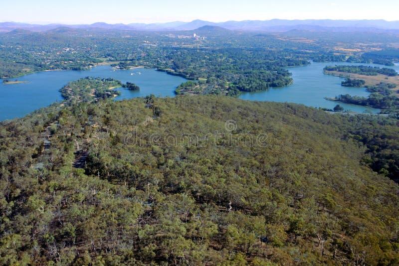 Punto di vista aereo del paesaggio del grifone di Burley del lago a Canberra la capitale dell'Australia fotografia stock libera da diritti