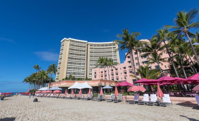Punto di vista del hawaiano reale, una località di soggiorno di lusso della raccolta, spiaggia di Waikiki immagine stock