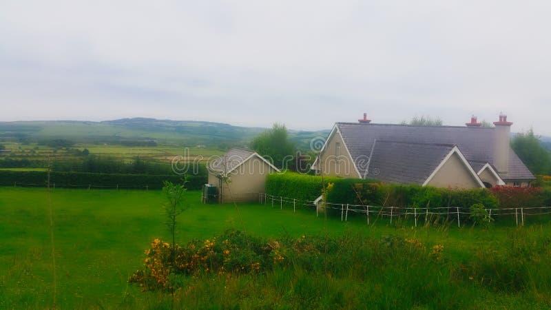Punto di vista del paese in Irlanda fotografia stock libera da diritti