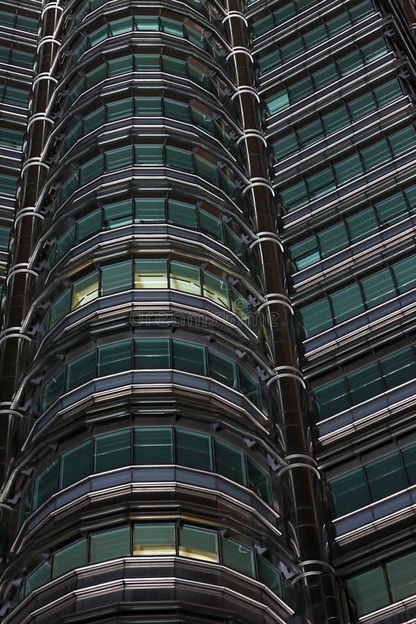 Punto di vista del particolare delle torrette di Petronas immagine stock