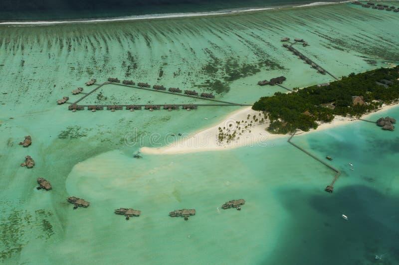 Punto di vista di Arial dell'isola di vacanze immagine stock