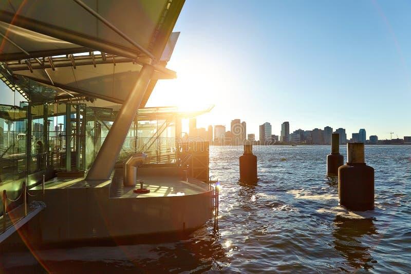 Punto di vista di Hudson River dal pilastro immagine stock libera da diritti