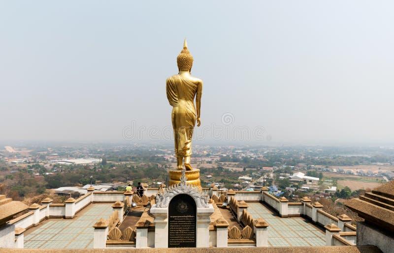 Punto di vista e st di camminata di Buddha fotografia stock