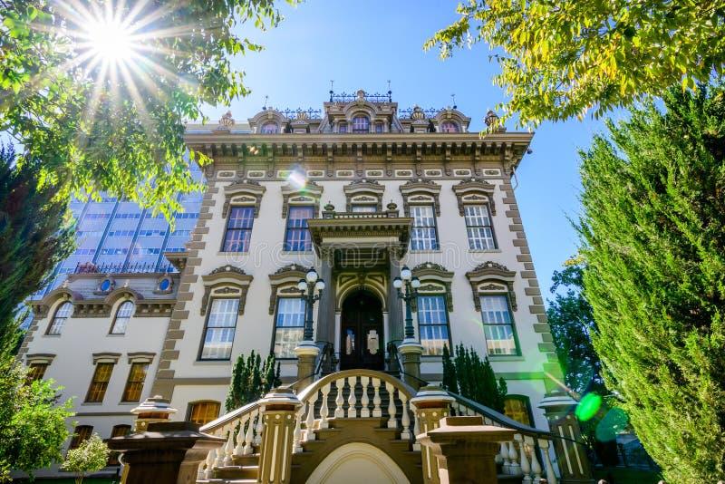 Punto di vista esteriore di Leland Stanford Mansion, Sacramento immagini stock libere da diritti