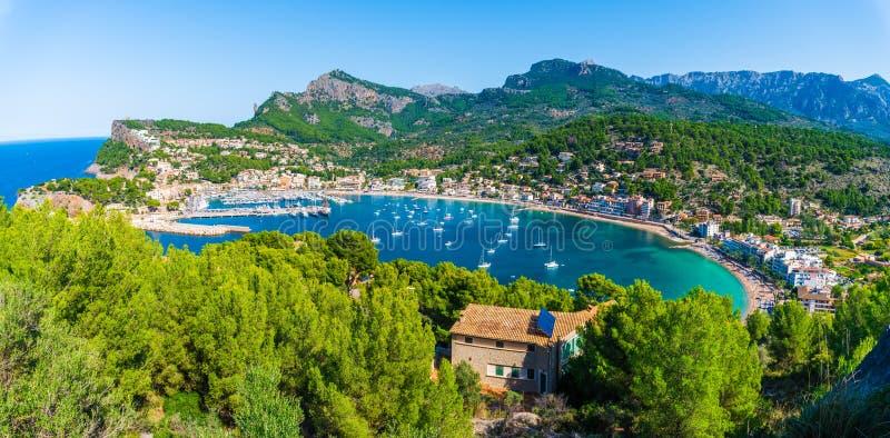 Punto di vista panoramico di Porte de Soller, Palma Mallorca, Spagna immagine stock