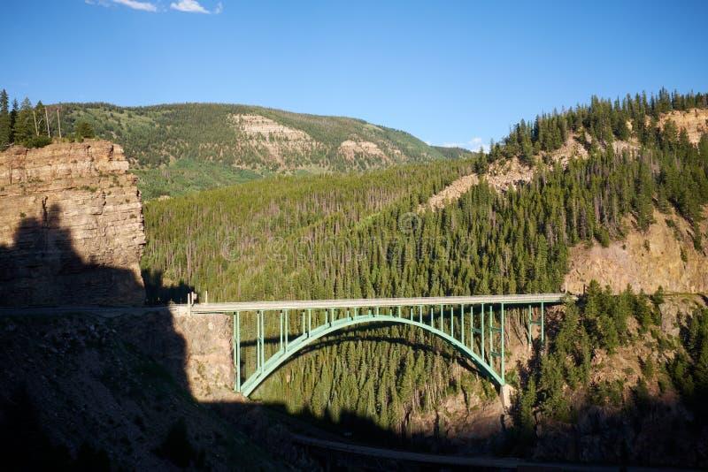 Punto di vista scenico di Cliff Bridge rosso, Colorado fotografia stock
