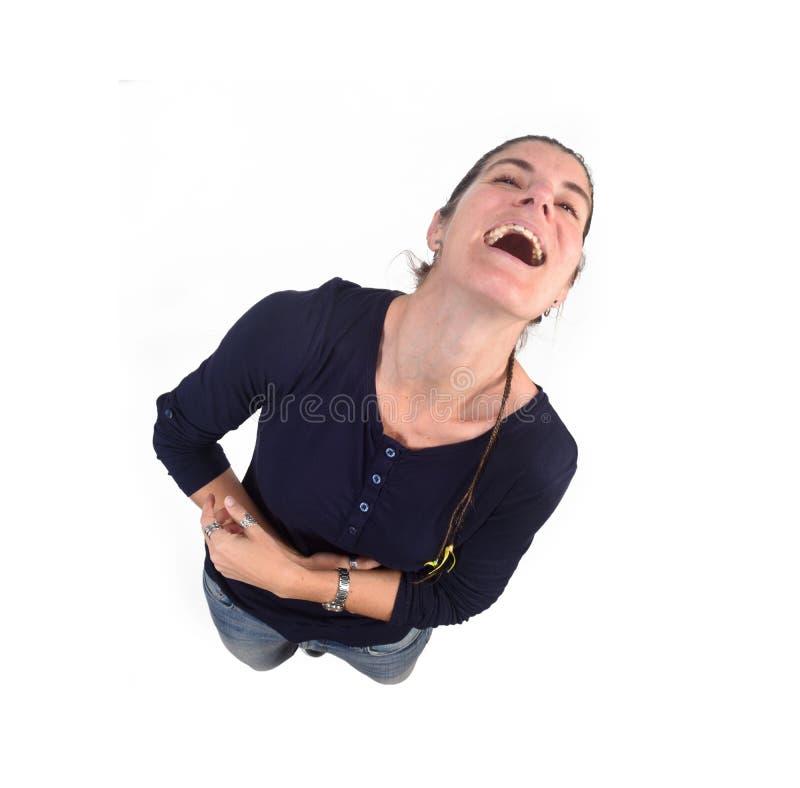 Punto di vista superiore della donna che grida sul fondo bianco fotografia stock libera da diritti