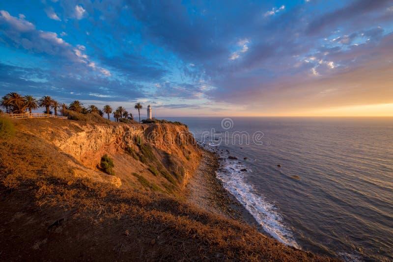 Punto hermoso Vicente Lighthouse en la puesta del sol imagenes de archivo