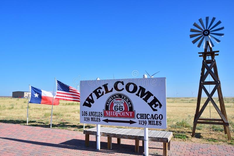 Punto mediano in Route 66 storico immagini stock