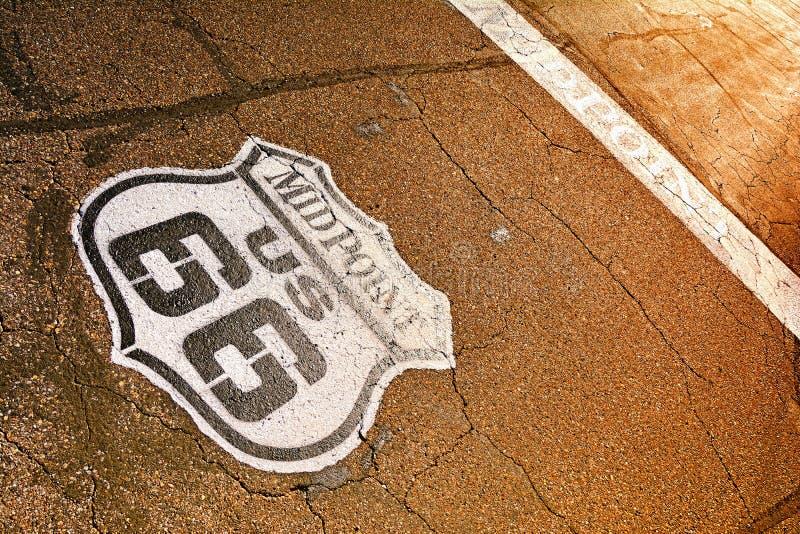 Punto mediano in Route 66 storico immagini stock libere da diritti