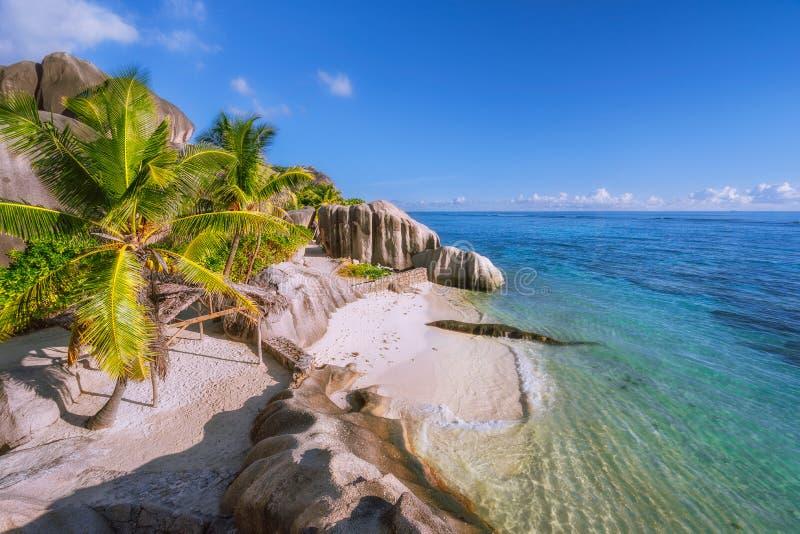 Puntos culminantes de Seychelles - Anse playa Argent de la fuente la D épica más hermosa ', La Digue imágenes de archivo libres de regalías