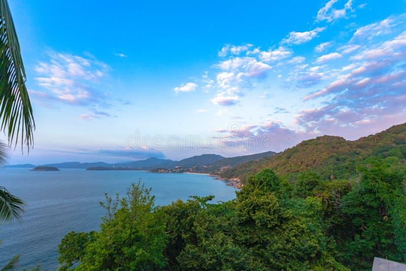 3 puntos de vista a la playa son los lugares más populares de Phuket imagen de archivo libre de regalías