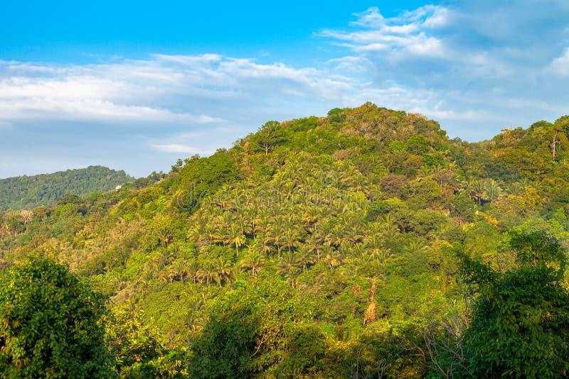 3 puntos de vista a la playa son los lugares más populares de Phuket foto de archivo
