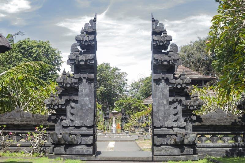 Pura Goa Lawah Temple Cueva en Bali, Indonesia del palo fotografía de archivo libre de regalías