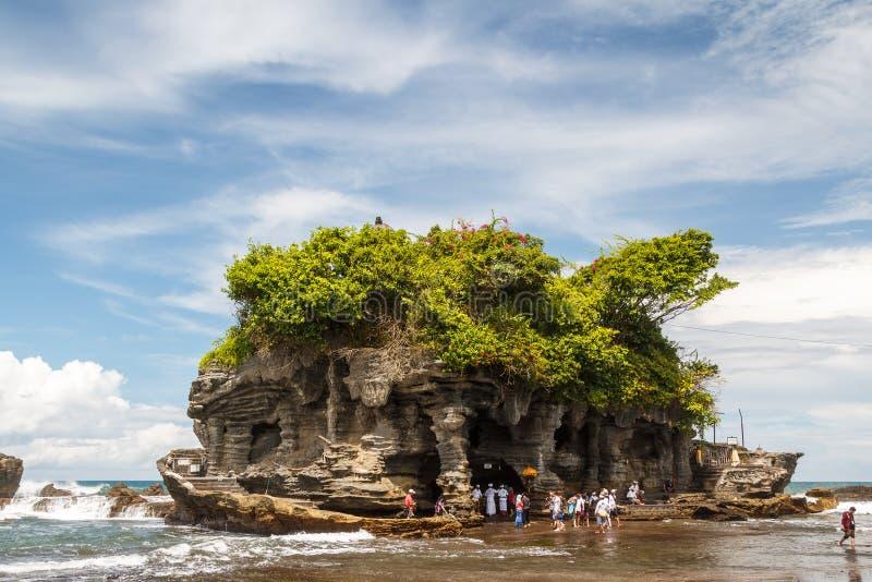 Pura Tanah Lot tempel på den Bali ön royaltyfri foto