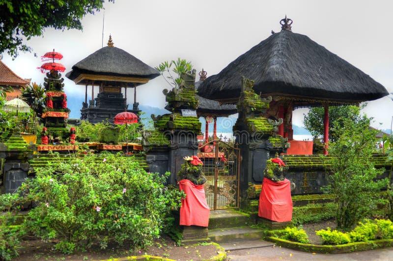 Pura Ulun Danu Bratan,在Bratan湖,巴厘岛,印度尼西亚的印度寺庙 图库摄影
