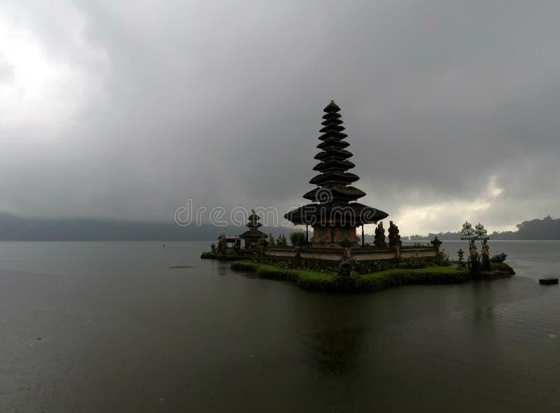 Pura Ulun Danu Bratan в Бали, Индонезии стоковое фото rf