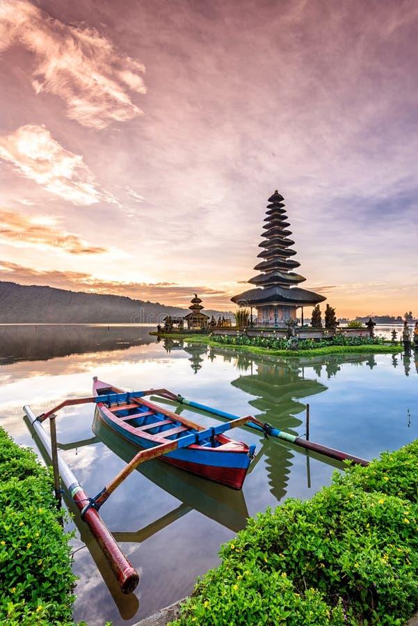 Pura Ulun Danu Bratan świątynia na wyspie Bali w Indonesia 5 zdjęcia royalty free