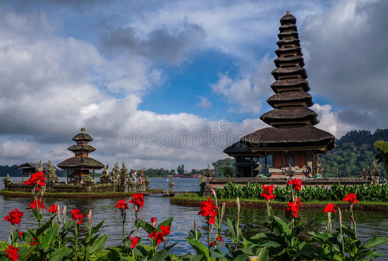 Pura Ulun Danu Bratan, Bali, Indonesia fotografía de archivo