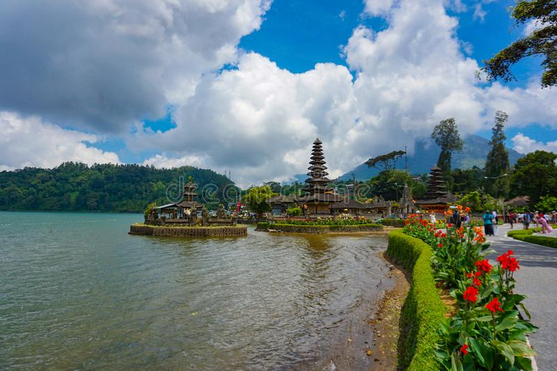 Pura Ulun Danu Bratan ? un tempio importante dell'acqua e di Shivaite sull'isola di Bali, Indonesia fotografie stock