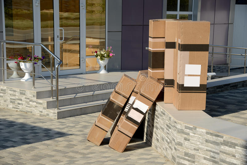 Download Purchase Waiting For Loading Stock Photo - Image: 33450962