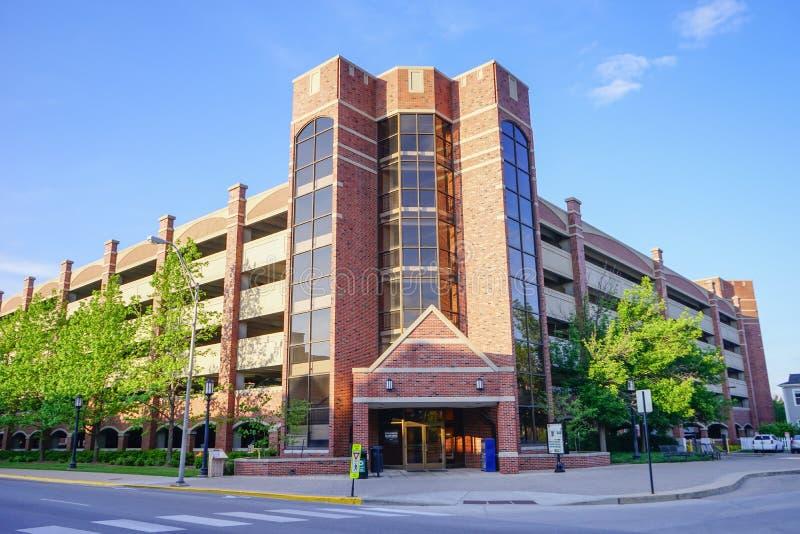 Purdue universitetsområde: parkeringsplats royaltyfri foto