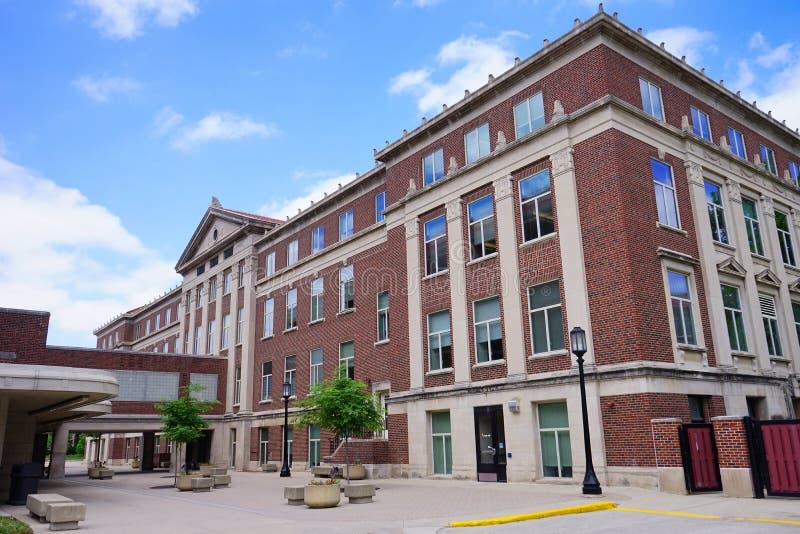 Purdue universitetsområdebyggnad royaltyfri foto