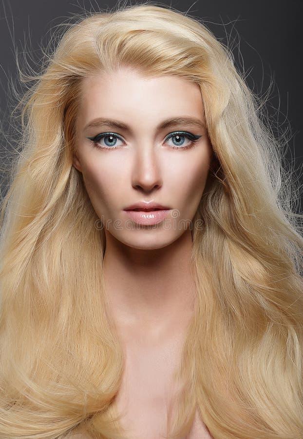 20 Blonde Hair Blue Eyes Girl Styles   Blonde hair blue eyes, Strawberry blonde hair, Hair