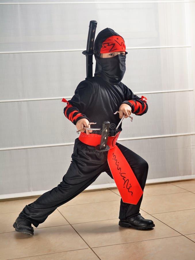 Purim (Halloween): Ninja Boy lizenzfreie stockfotografie