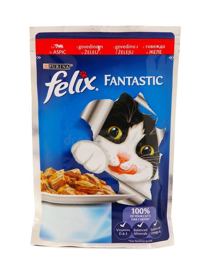 Purina Felix Fantastic, poches des aliments pour chats humides photographie stock