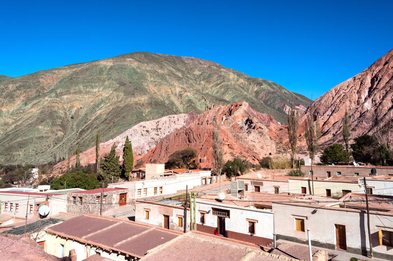 Purmamarca, les Andes, Argentine photos stock