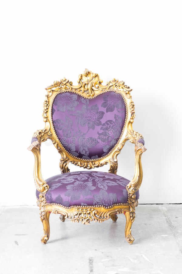 Purpere Koninklijke Stoel royalty-vrije stock afbeelding