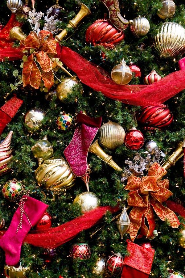 Purpere Laarzen van de Linten van de kerstboom de Rode royalty-vrije stock afbeeldingen