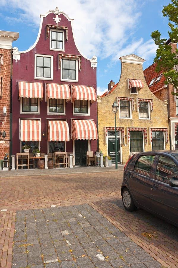 Purpere Nederlandse geveltop stock fotografie