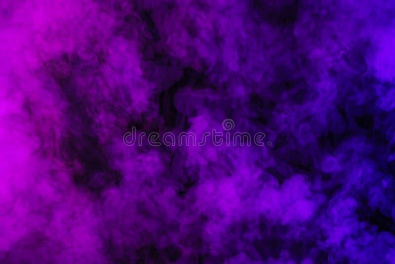 purpere rook op samenvatting stock fotografie