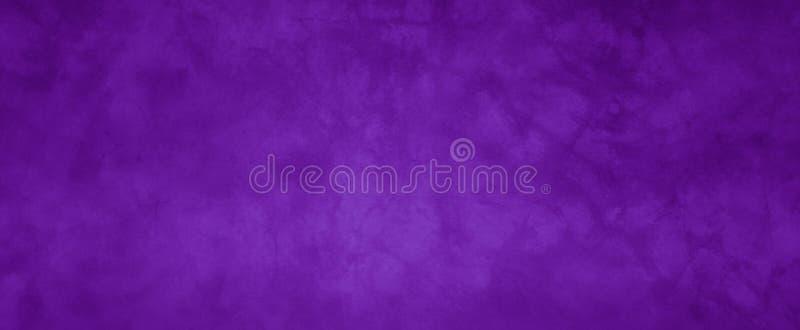 Purpere uitstekende achtergrond met verontruste grunge textuur en diep kleurenontwerp, elegante websitemuur of document illustrat stock foto's