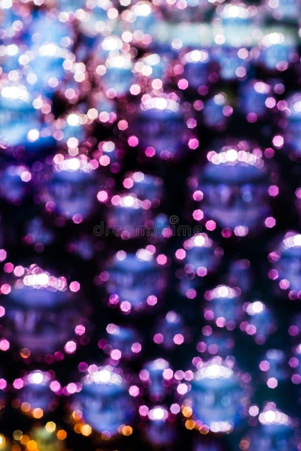 Purple of het ontwerp van Violet Blue Ball en Bokeh-voor achtergrond en textuur stock fotografie