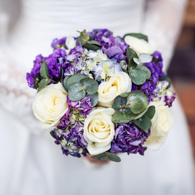 Free Purple Wedding Bouquet. Royalty Free Stock Photography - 92459957