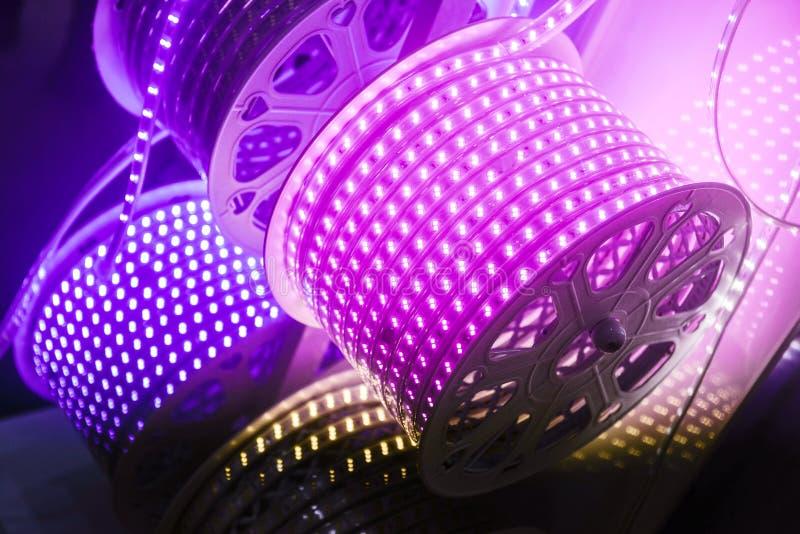 Purpura prowadzący lampa pasek