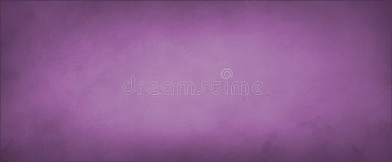 Purpurfärgad rosa bakgrund med svag marmorerad fläckig grungetextur arkivfoto