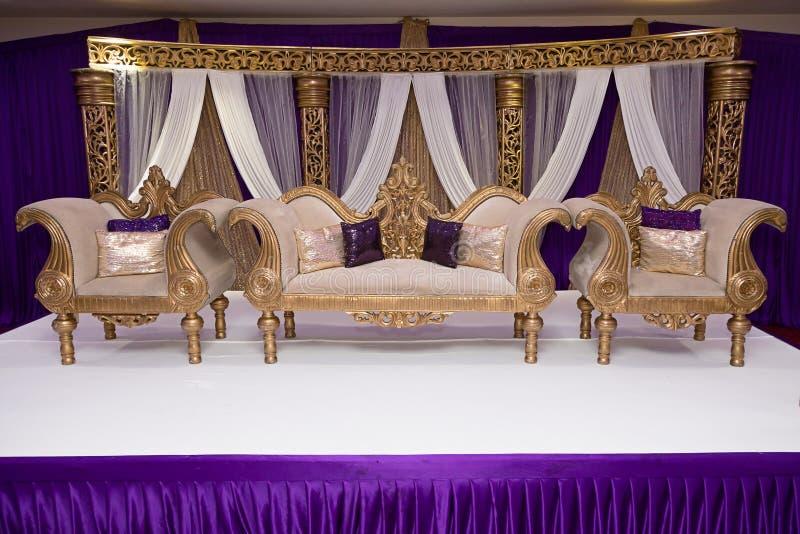 Purpurowa ślub scena obraz royalty free