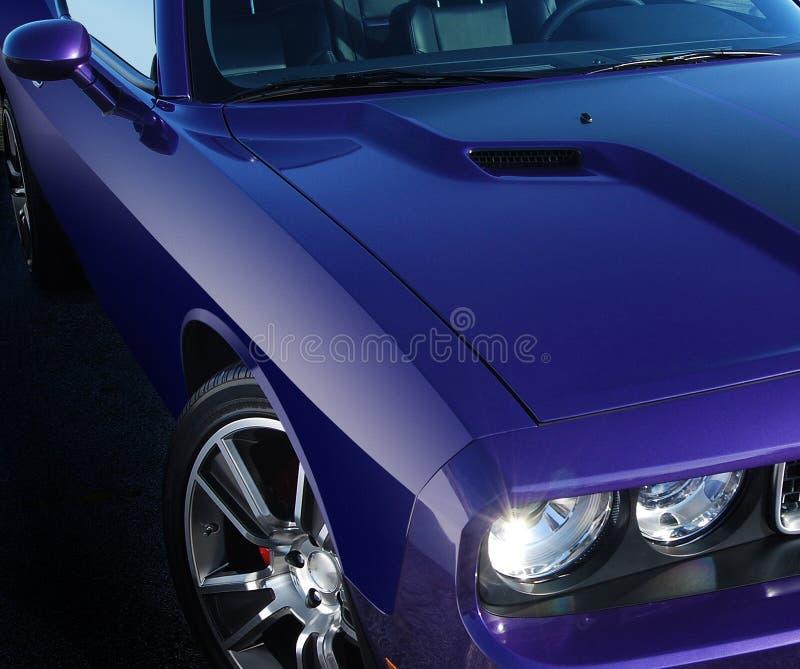 Purpurowy mięśnia samochód obraz stock
