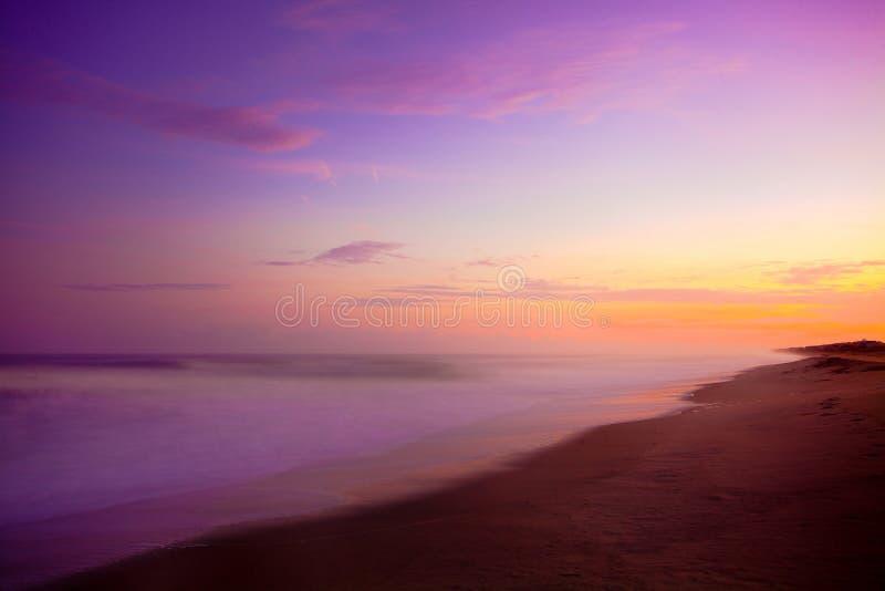 Purpurowy wschód słońca