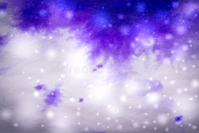 purpurrote Tintentropfenfänger und -schneeflocken des Winterhintergrundes lizenzfreie stockfotografie