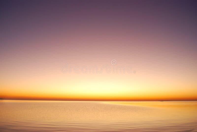 Purpurroter Sonnenaufgang Stockfotos