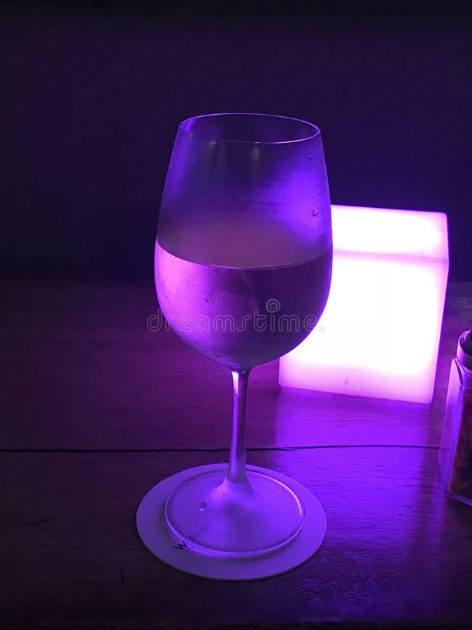 Purpurroter Wein stockfotografie
