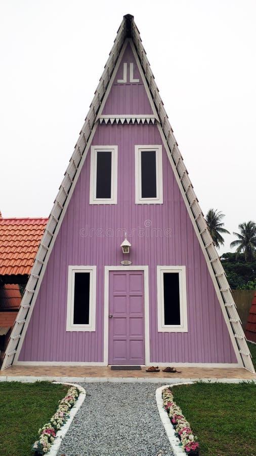 purpurrotes dreieckiges haus stockbild bild von garage malaysia 61559275. Black Bedroom Furniture Sets. Home Design Ideas
